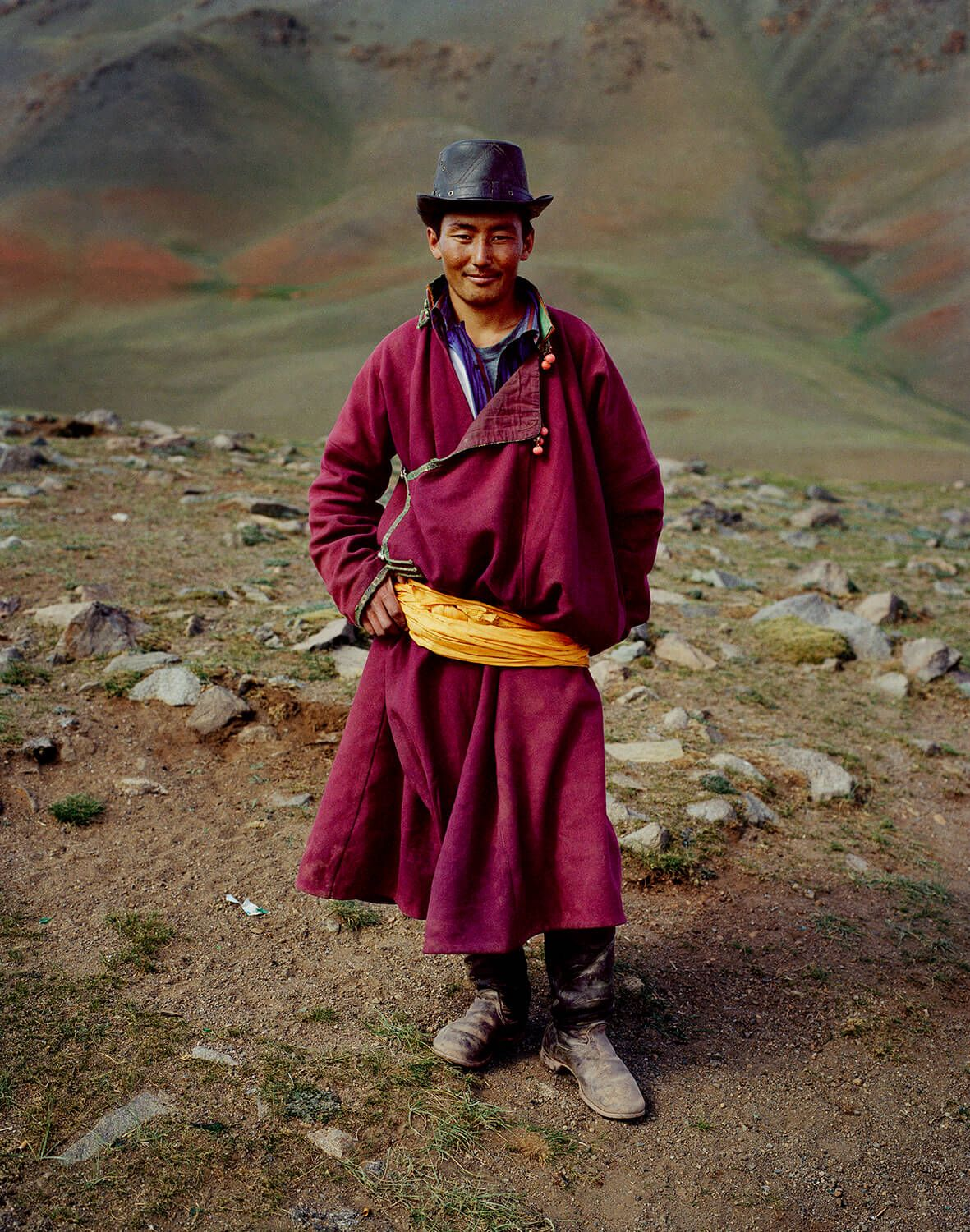 Photographer Spends 17 Years Documenting Life In Mongolia