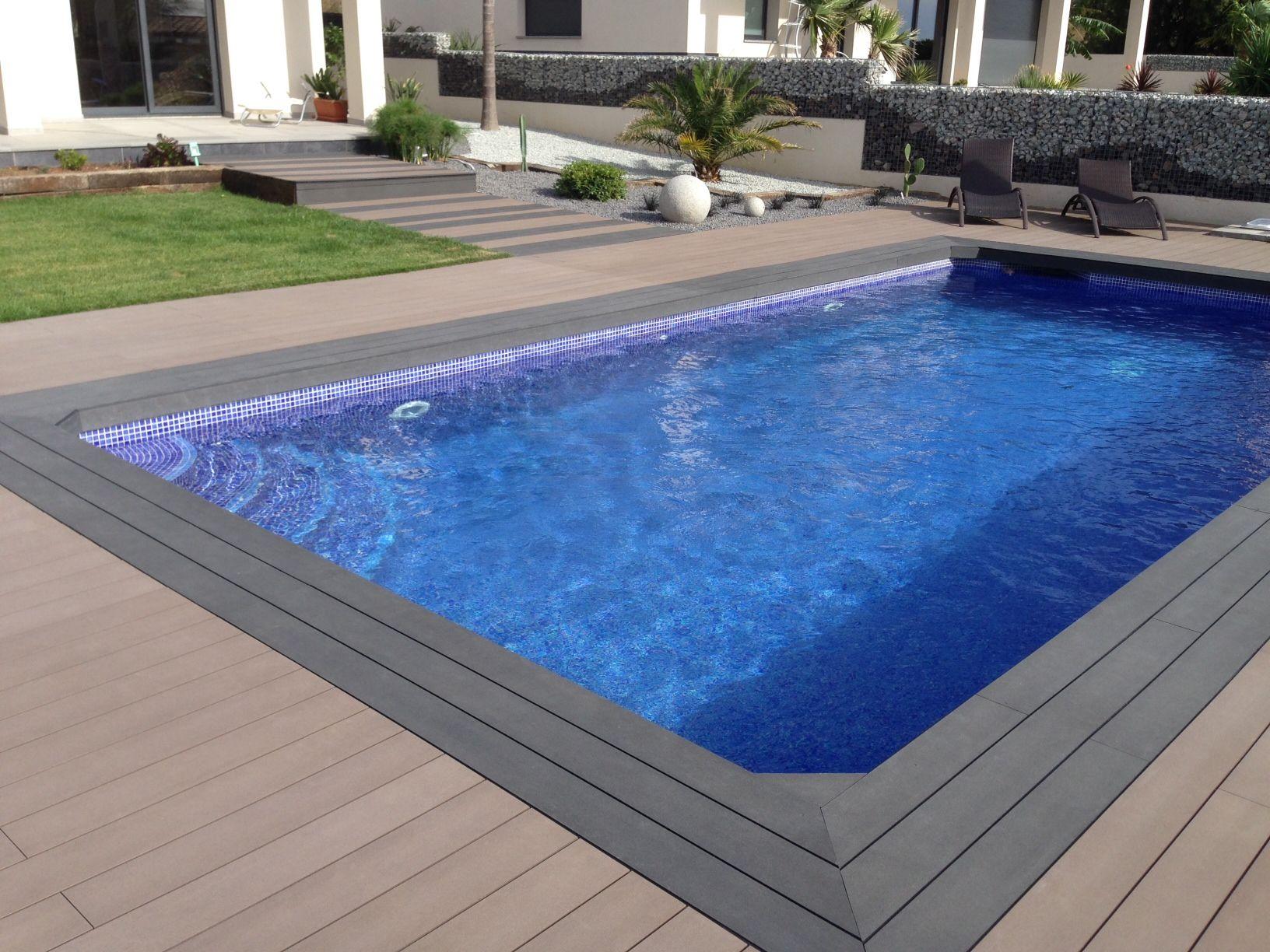 Tarima exterior composite alrededor de piscinas combinando 2 colores tarimaexterior tarima - Suelos para piscinas ...