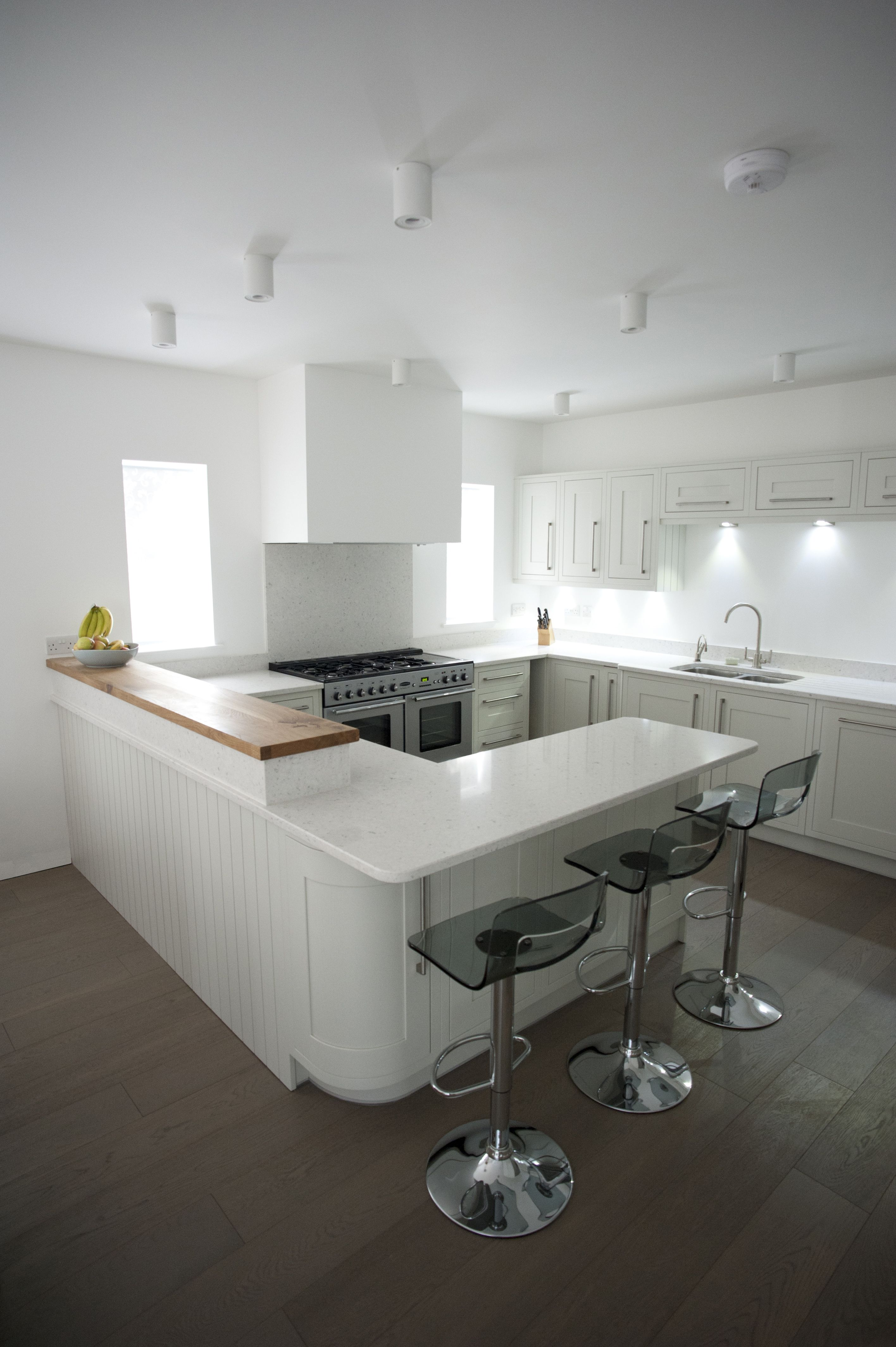 Painted Cream Shaker Kitchen with Oak breakfast bar and quartz ...