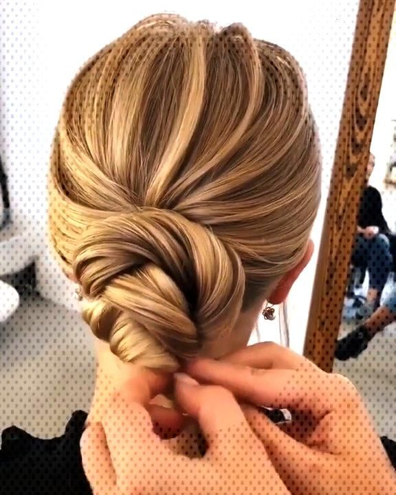 80+ Stunning Bridal Hairstyles to Steal Right Now | My Sweet Engagement This elegant updo hairstyl