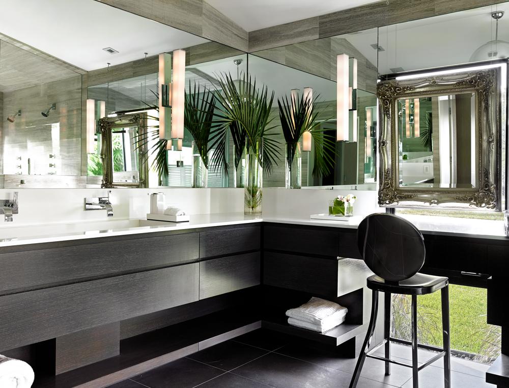 20 Beach Bathroom Decor Ideas For Tropical Vibes All Year ...
