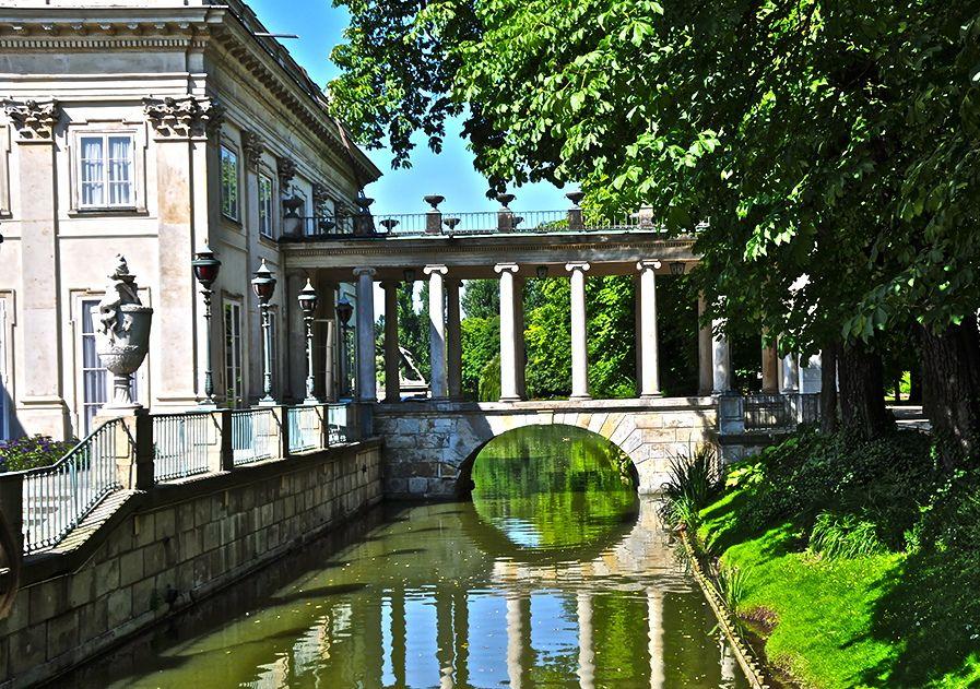allthingseurope:  Lazienki Palace, Warsaw (by mallice)
