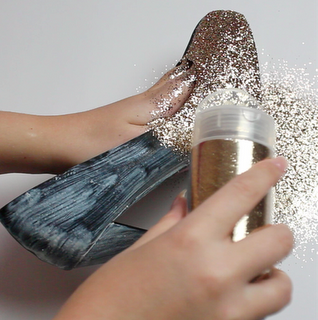 DIY Glitter Heels - Might do this to my old black pumps.