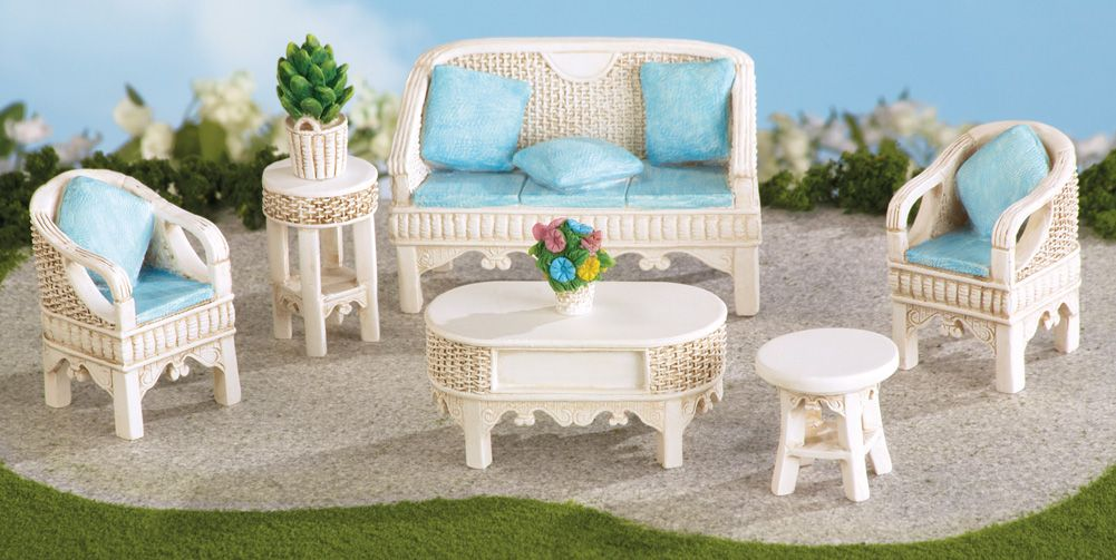 Miniature Garden Wicker Patio Furniture | Fairy Gardens | Pinterest