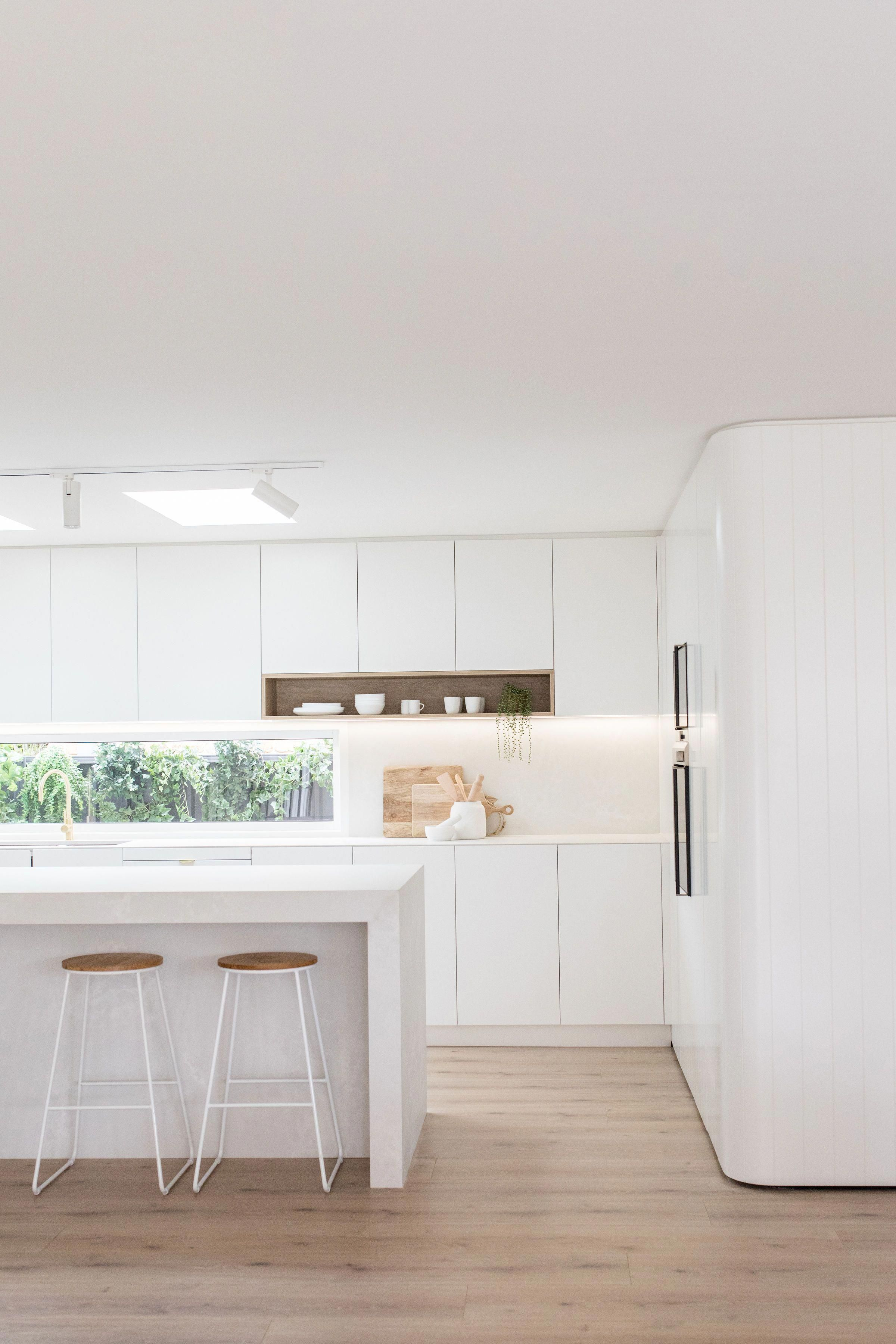 How Do You Renovate To Sell Kinwolf Projects Share Kitchen Reno Techniques To Help Maximise Your Retu In 2020 Modern Kitchen Design Home Kitchens Kitchen Design Small