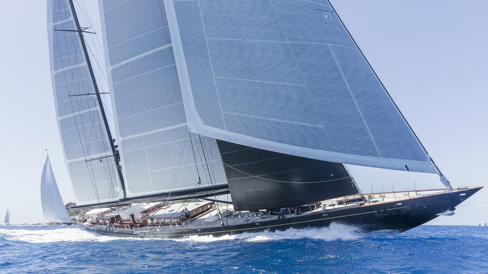 Our Definitive List Of The Top 50 Largest Sailing Yachts In The World Including Maltese Falcon Ngoni Black Pearl And Syba Sailing Yacht Classic Yachts Yacht