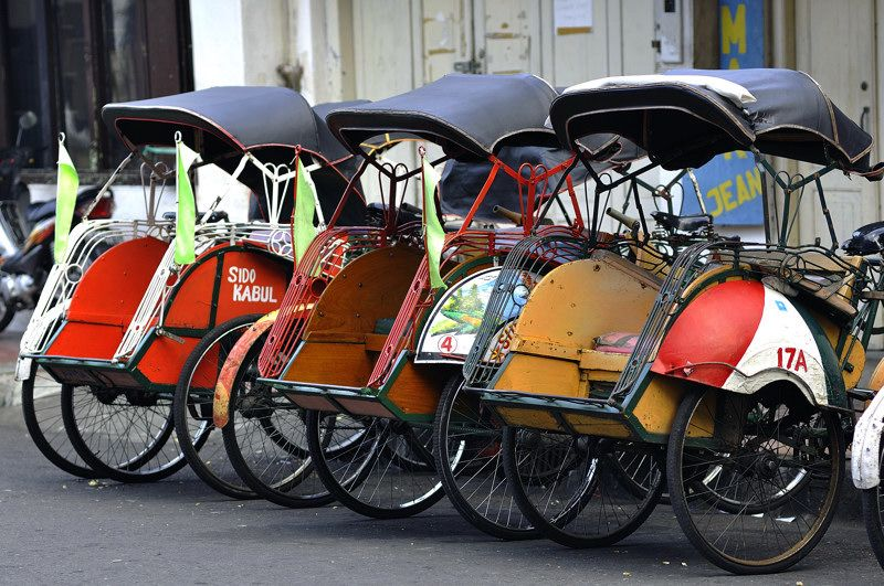 Becak, Indonesia traditional vehicle is three wheels