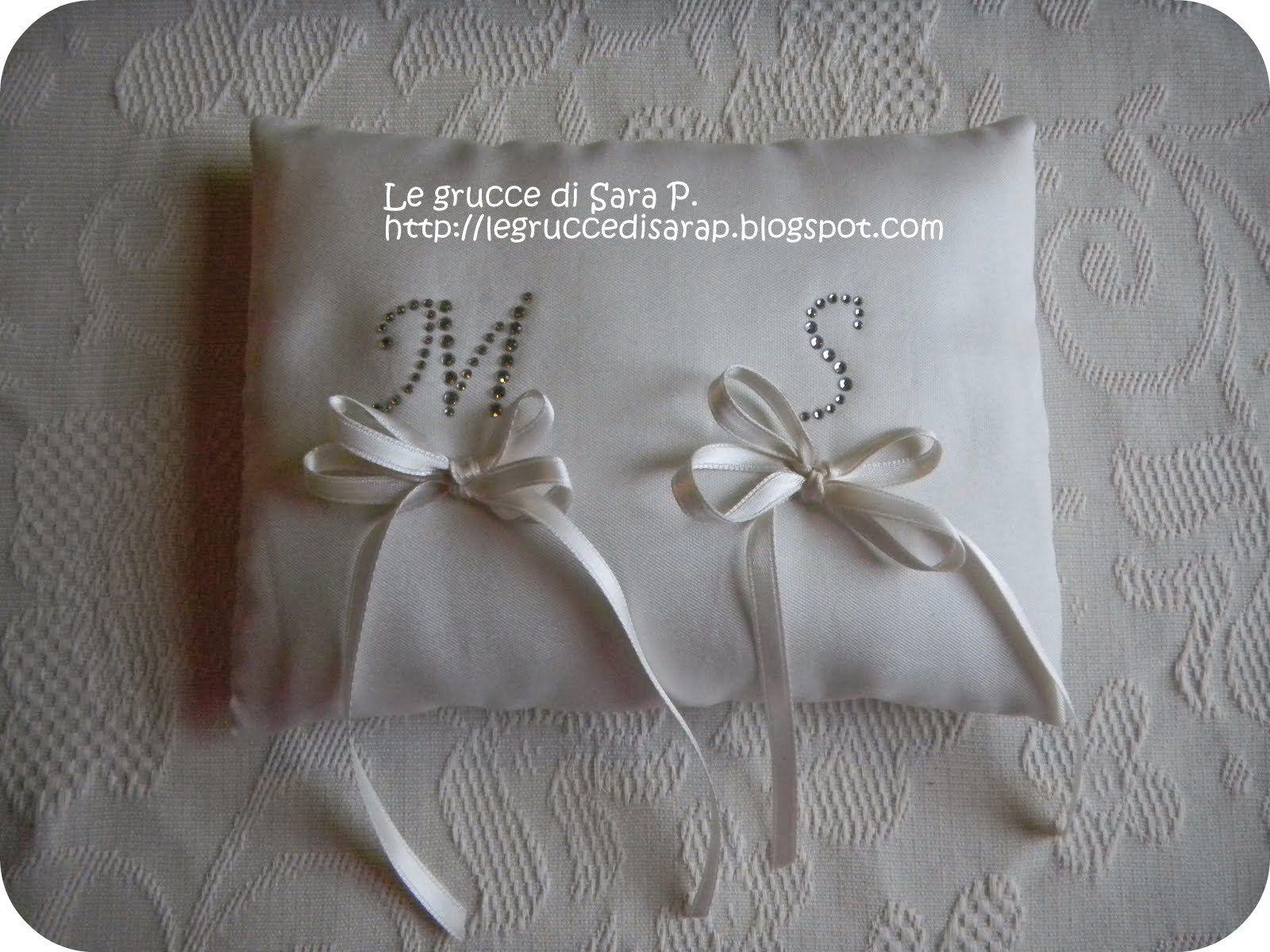 Cuscini Portafedi Nuziali.Cuscino Porta Fedi Per Il Mio Matrimonio Iniziali Degli Sposi In