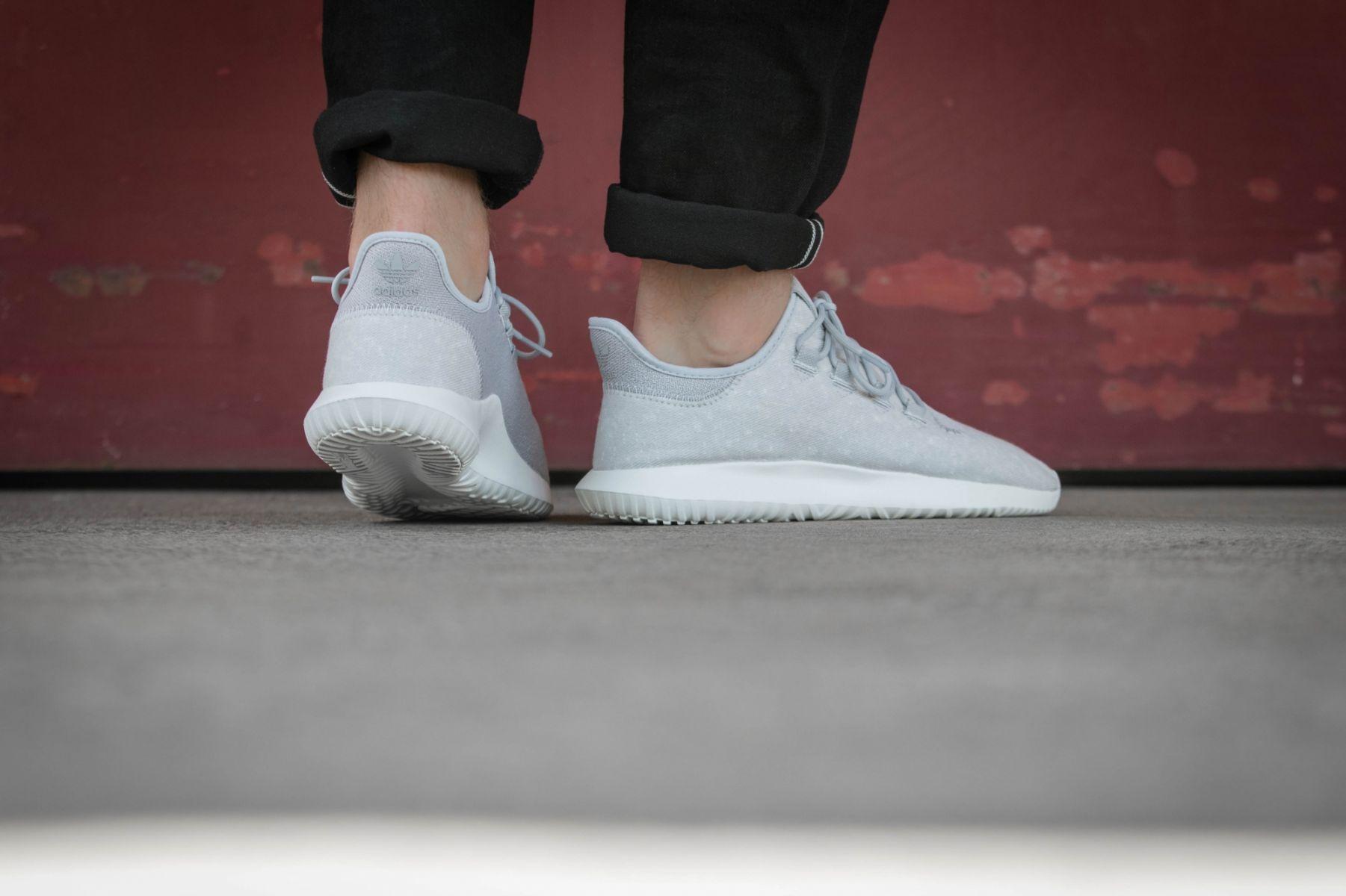 official photos ed601 633f7 adidas Tubular Shadow (grau  weiß) - BY3570  43einhalb sneaker store