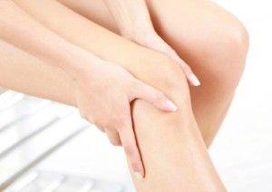 bolovi u zglobovima i upala zglobovaBolovi u zglobovima i mišićima su po statistikama jedan od najčešćih razloga za posetu lekaru.Ova stanja uzrokuju mnogi faktori: nasleđe, prekomerna težina,istezanje tetiva ili ligamenata, iscrpljenost, bakterijske i virusne upale te razni hormonski i metabolički