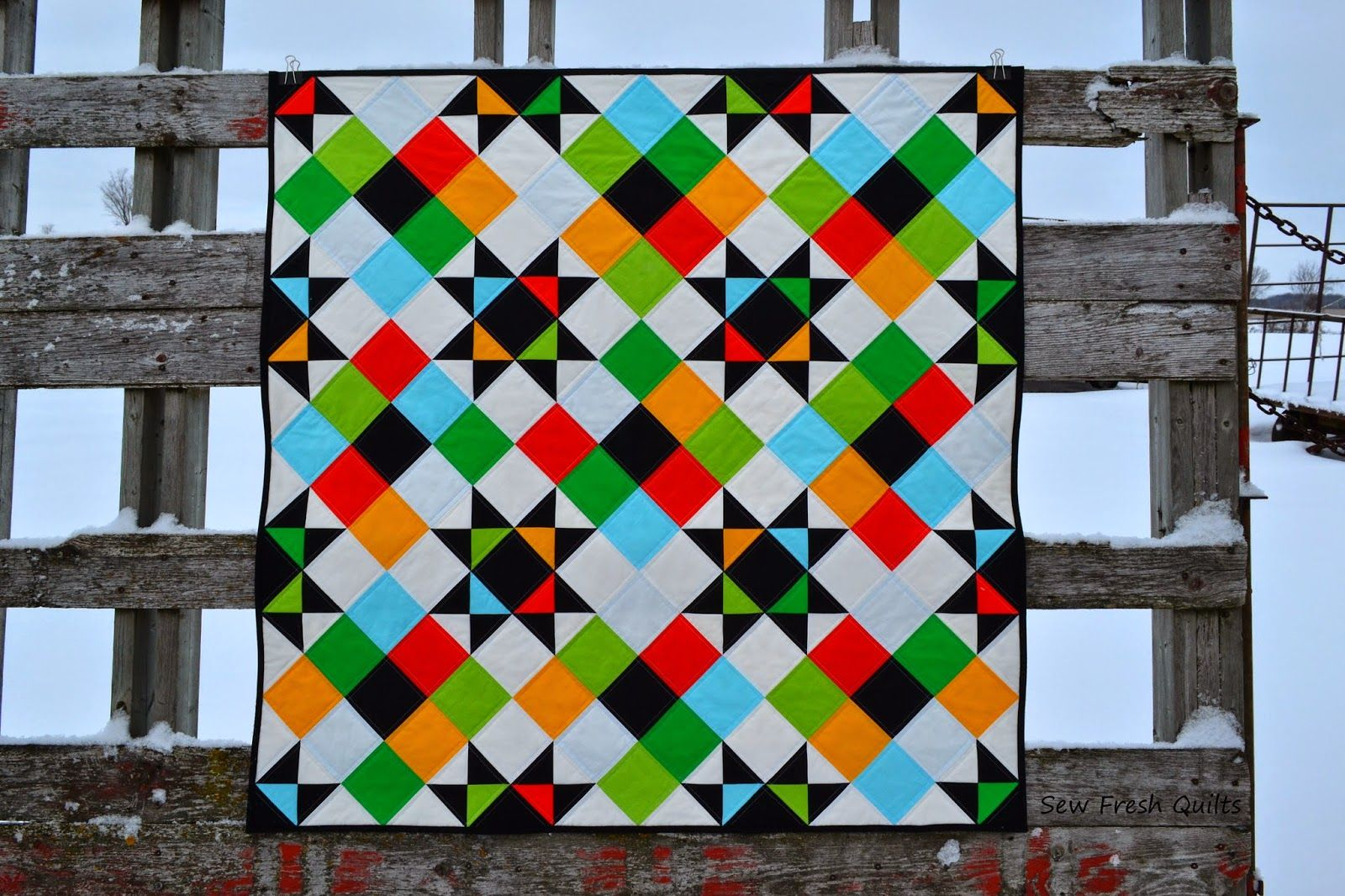 Sew Fresh Quilts: Holiday Hoot Ohio Stars {redo} in Northcott ColorWorks Solids