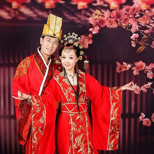 Chinese wedded couple attires | wedding newly - married coupleChinese traditional wedding .  sc 1 st  Pinterest & Chinese wedded couple attires | wedding newly - married couple ...