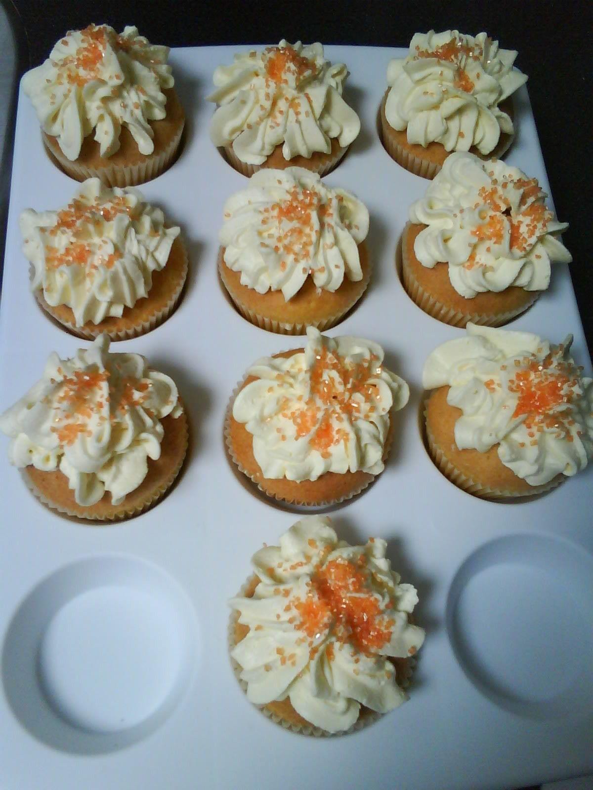 vanille muffin met bptercreme topping