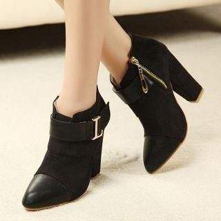 GearCloset.net - Faux-Suede Chunky-Heel Ankle Boots