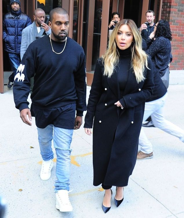 Kanye West Wearing Hood By Air Sweatshirt And Balenciaga White Sneakers Shoes And Kim Kardashian Kanye West And Kim Kanye Fashion Kanye West