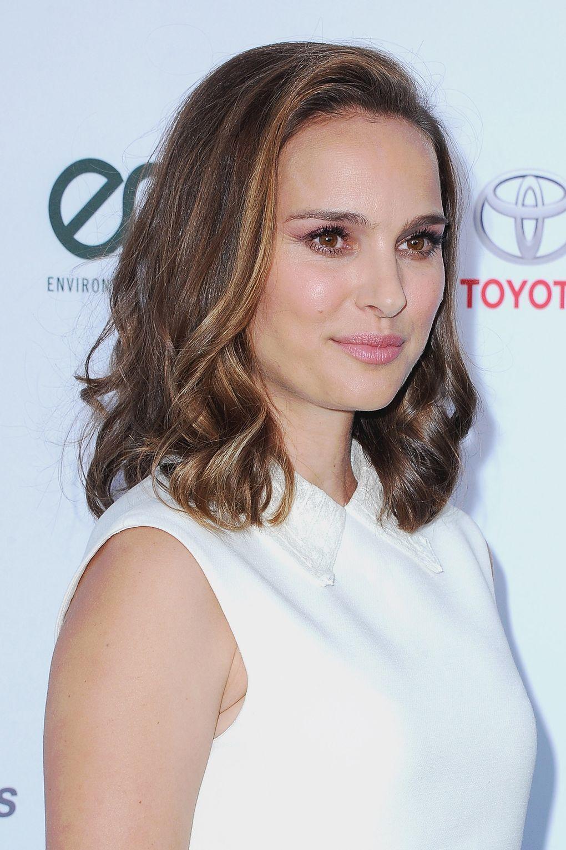 Natalie Portman Hair Style File Natalie Portman Short