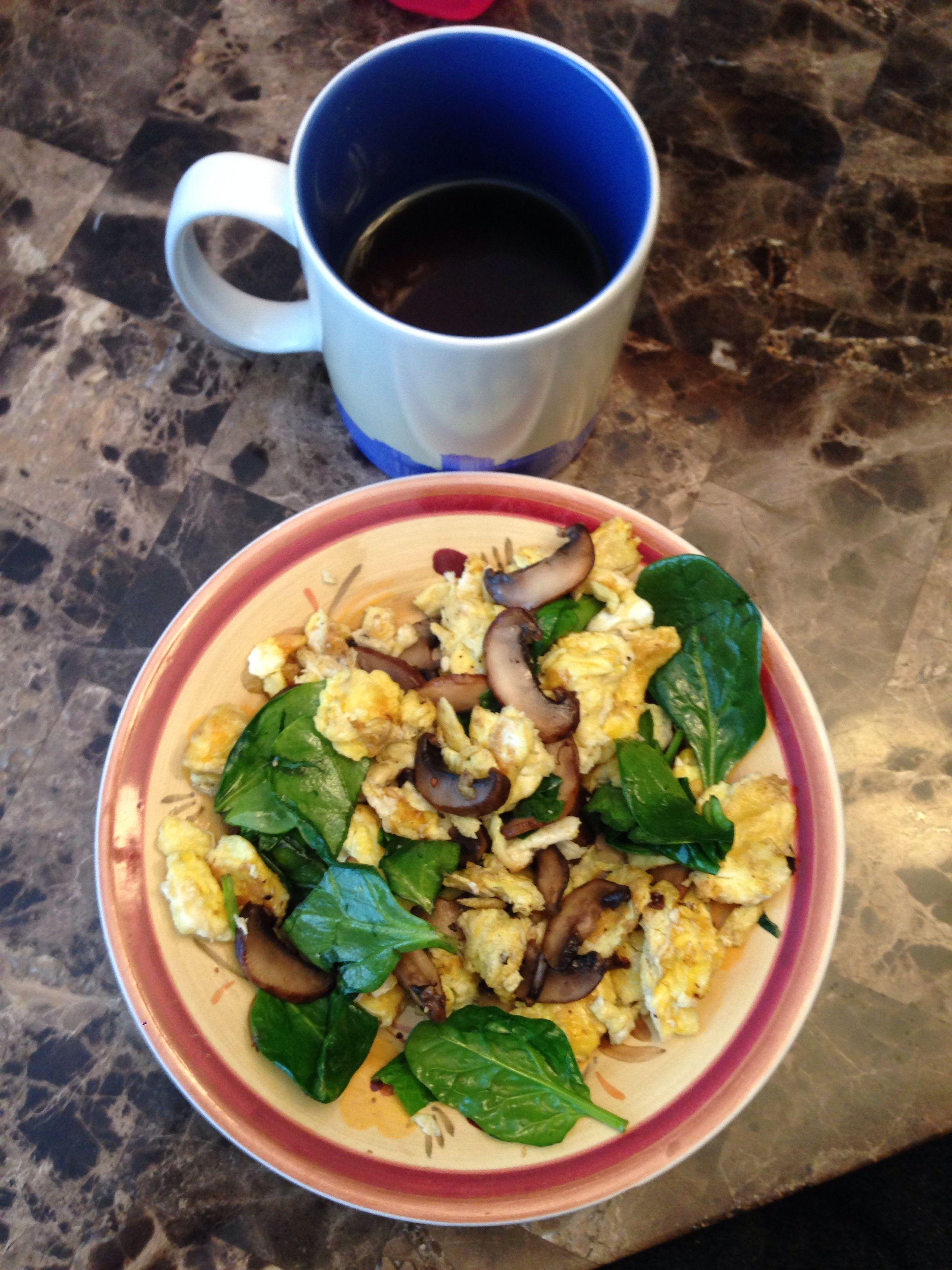 Easy breakfast 2 eggs, spinach, mushrooms and black coffee