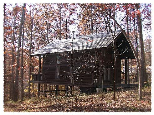The Rustic Cabins At Brown County State Park Are My Favorite For A Winter Getaway State Park Cabins State Parks Cabin