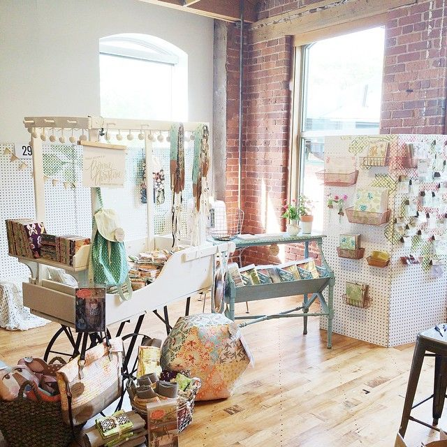 art show booth inspiration from indie craft parade | Art Show ...