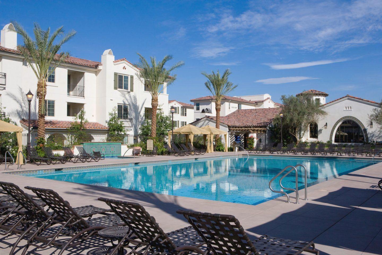 Stonegate Apartments in Irvine, CA | Irvine Company | Estilo