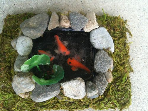 Miniature koi fish pond 19 dollhouse scale1 12 things for for Mini koi fish