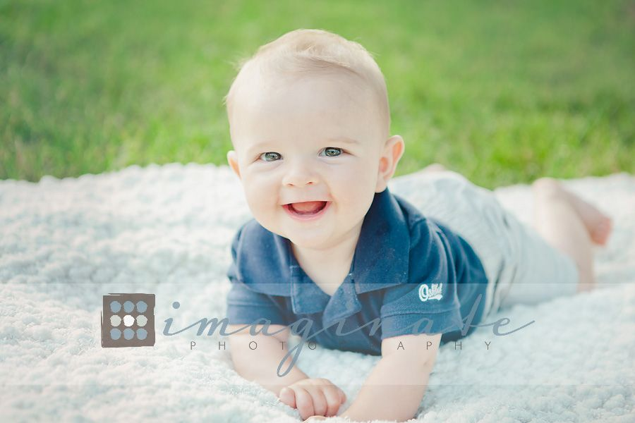 Baby Gift Ideas Boy 6 Months : Month old baby outdoor session g ?