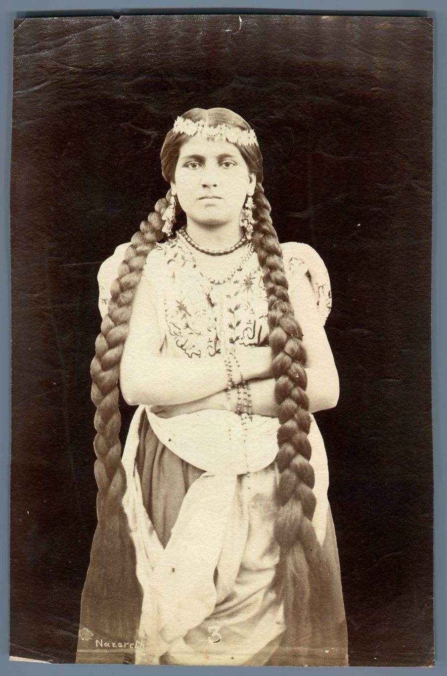Détails sur Dumas. Palestine, Femme de Nazareth Vintage