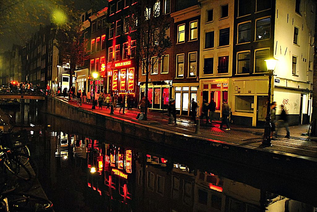 Red Light District, Barrio Rojo-EXPLORE | Photography | Amsterdam