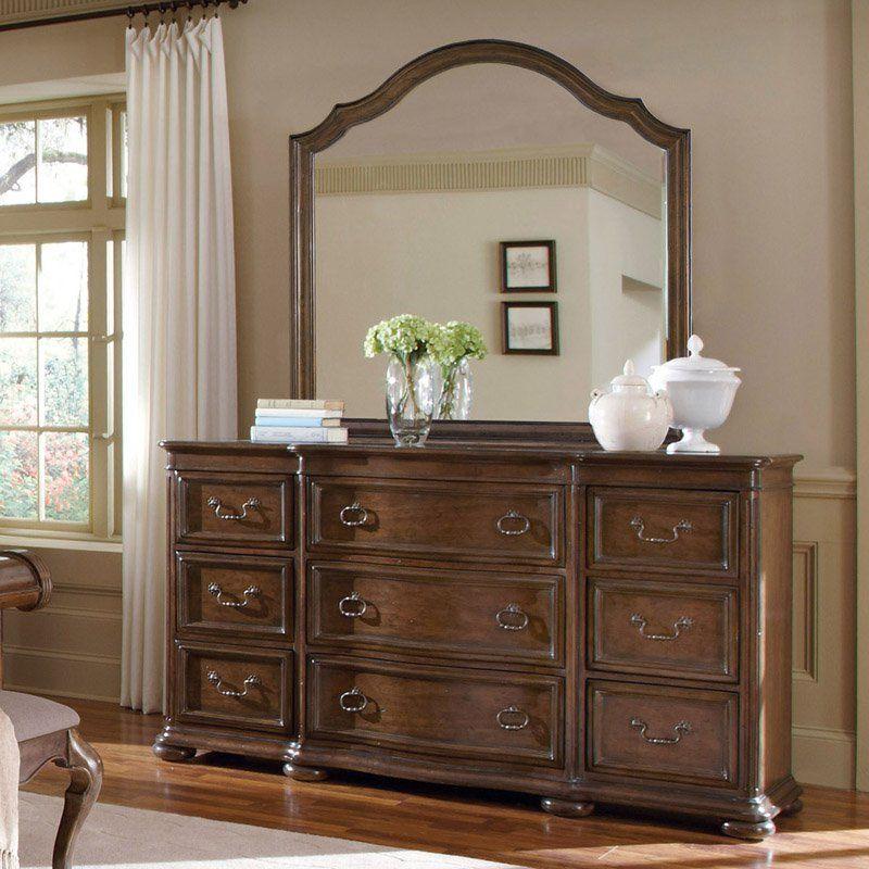 A.R.T. Furniture Cotswold 9 Drawer Dresser - Rich Cognac Patina ...
