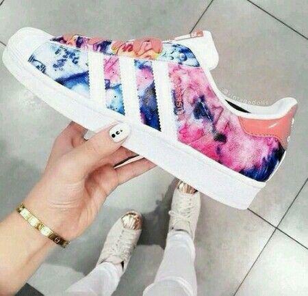 zapatillas adidas superstar para mujer floreadas