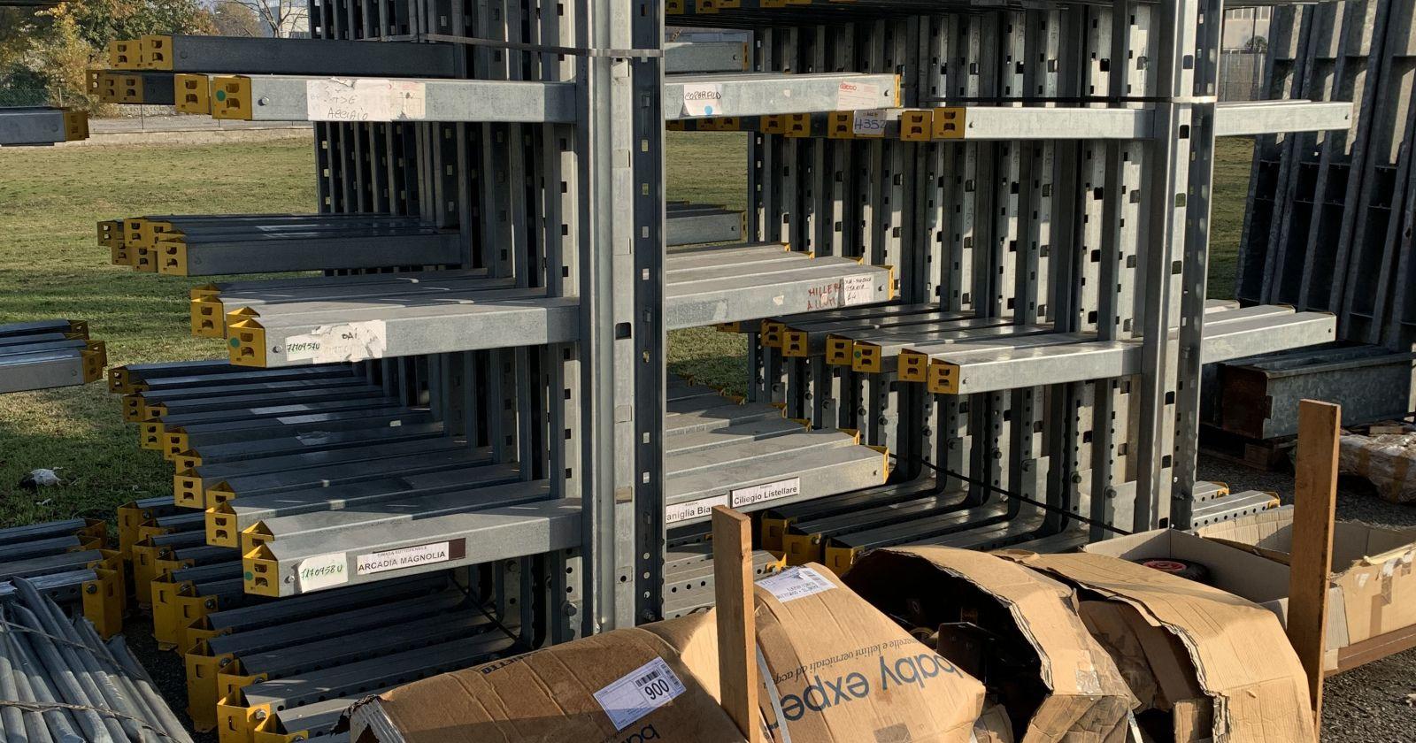 Scaffalatura Industriale Usata.Scaffalature Usate E Nuove Scaffalature Metalliche