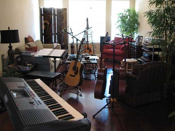 My Dude Has A Whole Livingroom For His Music Space Now Yaay Kev Music Room My Room College Daughter