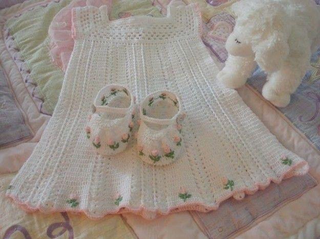 Ganchillo beb patrones de ropita ella hoy crochet - Labores de crochet para bebes ...