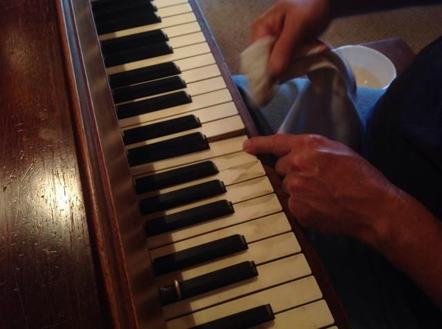 How To Clean Piano Keys Piano Piano Keys Vinegar Uses
