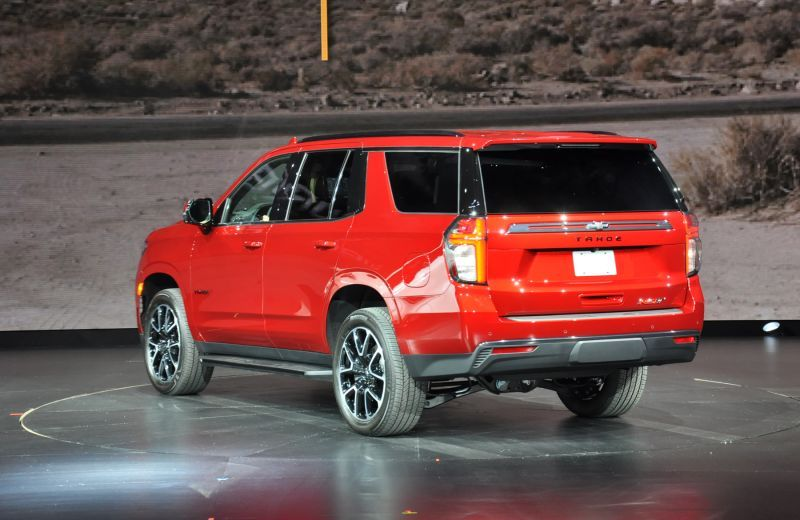 First Look 2021 Chevrolet Suburban And Tahoe Chevrolet Suburban