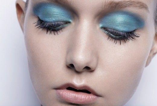 70 S Makeup 70s Makeup Blue Eyeshadow Blue Eye Makeup