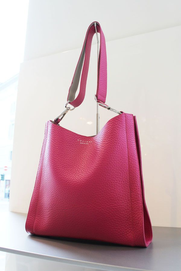5700dfae8e #bag #borsa #donna #moda #fashion #LeABoutique #Milano #spring #pink #fucsia