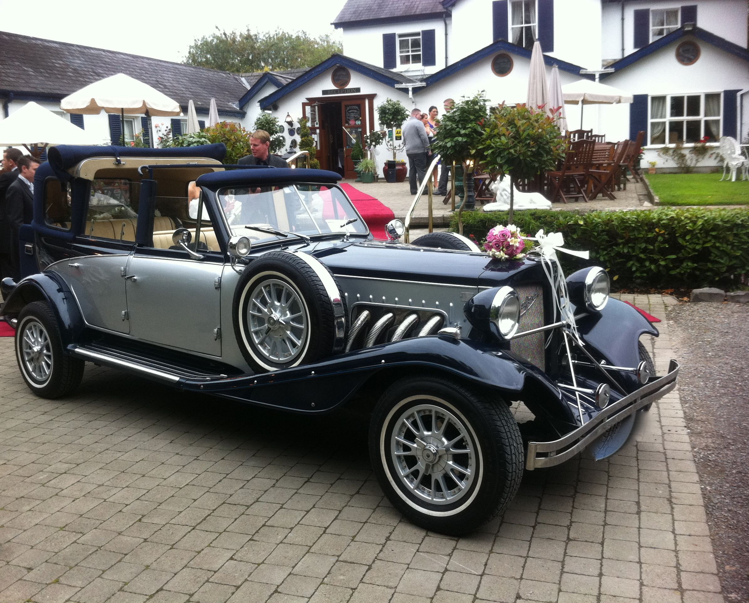 Navy & Silver Wedding Car Hire Meath http://www.kpcd.ie/navy ...