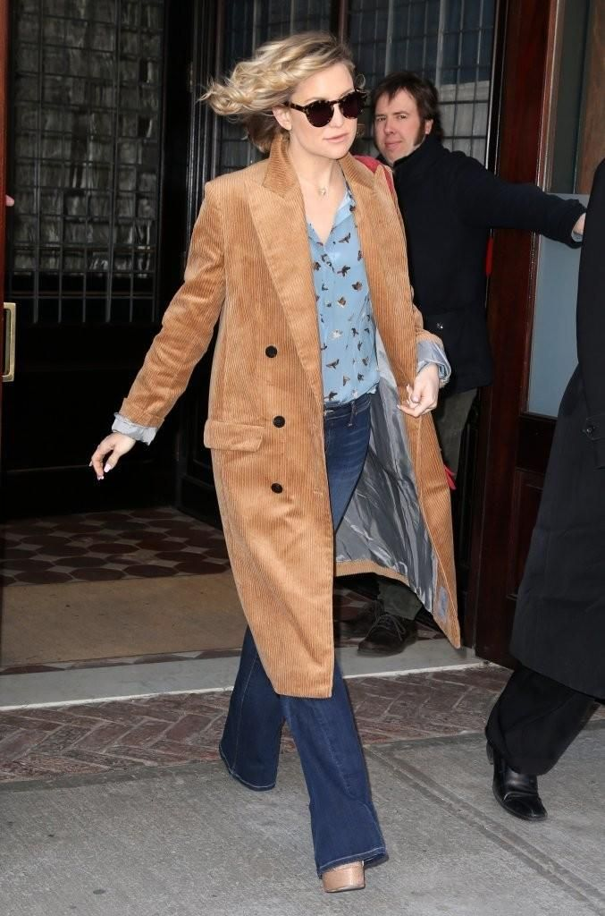 Kate Hudson wearing Brian Atwood Madison Sandals, Topshop Unique Pre-Fall 2016 Coat, Sunday Somewhere Soelae in Marble Demi, Jennifer Meyer Gold Diamond Double Bar Drop Earrings and Joie Mid Rise Flare Jeans