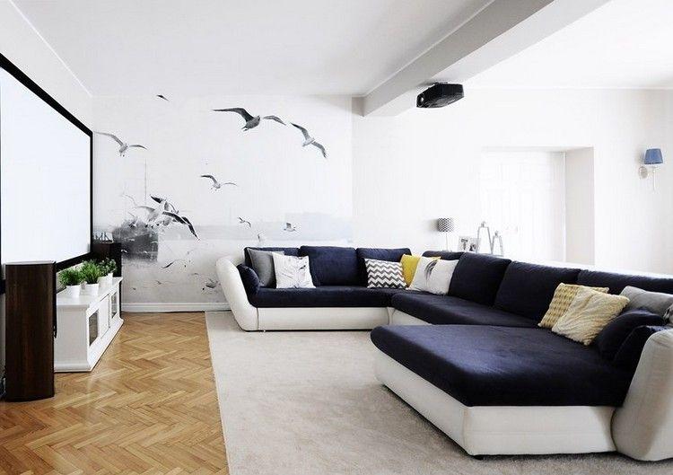 XXL Sofa in weiß und dunkelblau und Fototapete mit Möwe Motiv