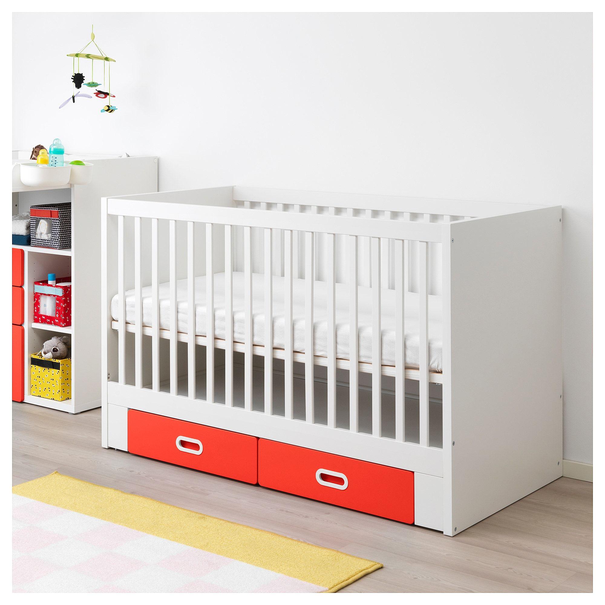 Stuva Fritids Babybett Mit Schubfachern Rot Ikea Osterreich Babybett Ikea Babybett Und Ikea Babyzimmer