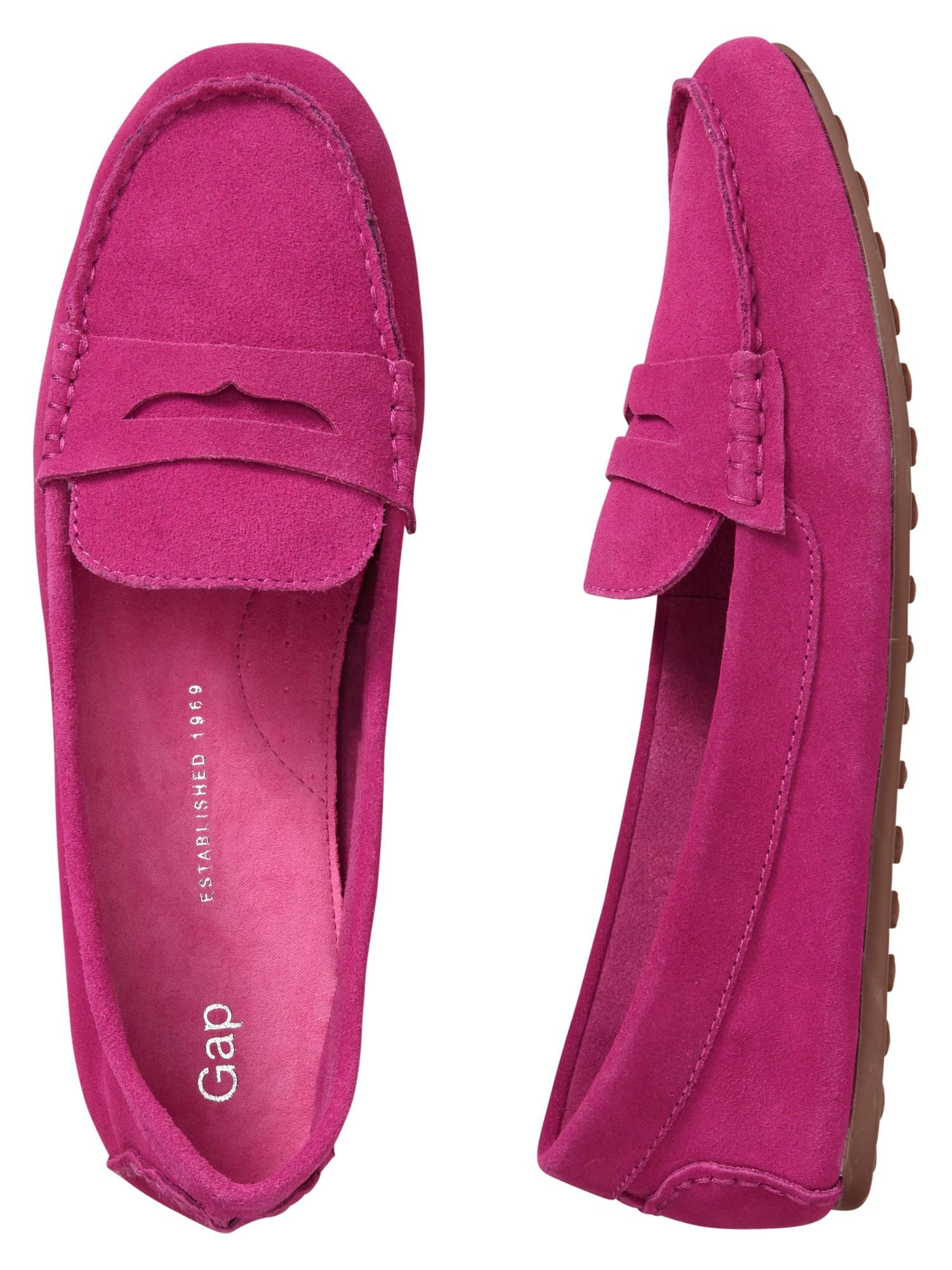 0c127c7484968f pop of color | driving moccasins via GAP | W E A R in 2019 | Shoes ...