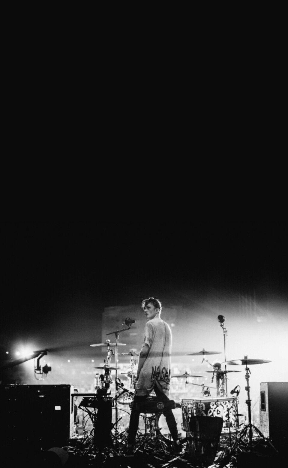 Brad Simpson Connor Ball James McVey Tristan Evans The Vamps Wallpaper Black And White
