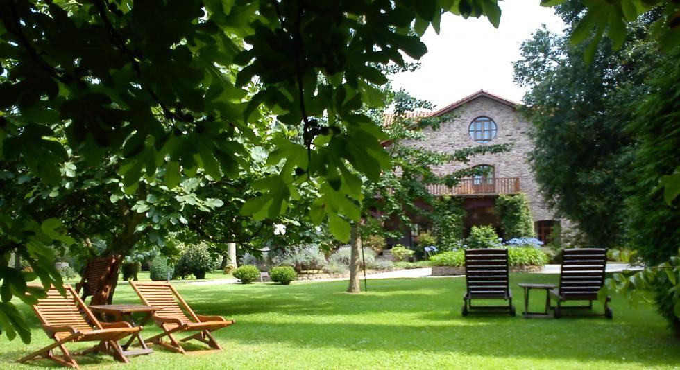 El Jardín de Carrejo, Cabezon de la Sal, Cantabria Region. Hotel's garden.
