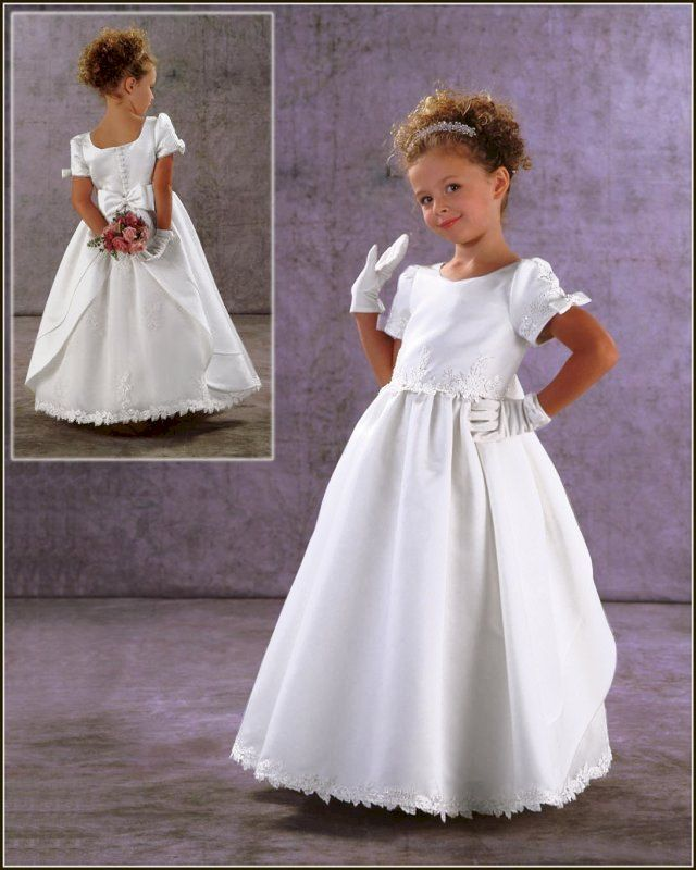 4b2c5e5fcf Discount Lovable Scoop Neckline Appliques Short Sleeves First Communion  Dresses (BSFCD-052) For Sale