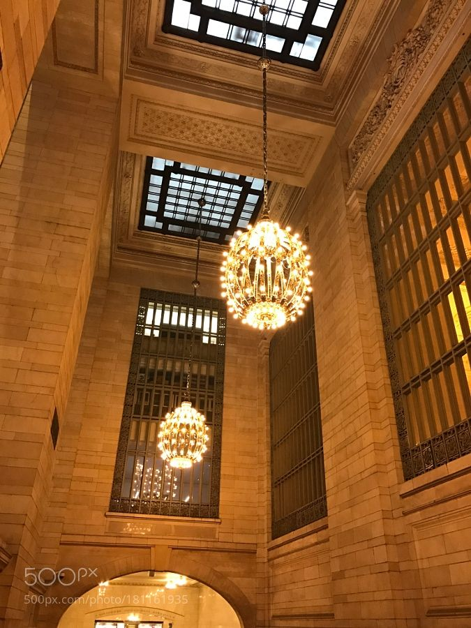New York Central Station by lindachowlin