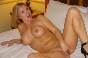 naked-hotel-pussy-female-girl-nude-pictures