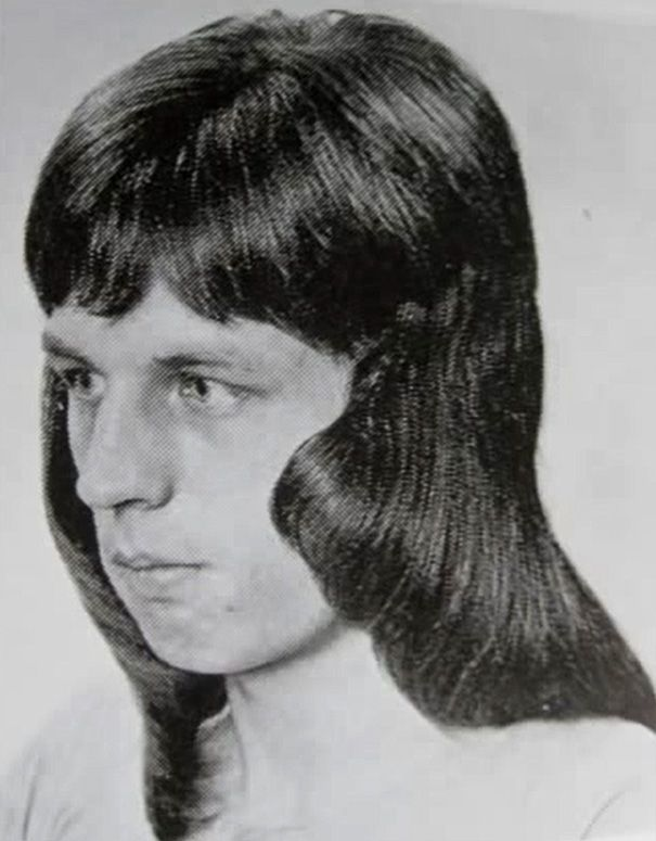 1960s And 1970s Were The Most Romantic Periods For Men S Hairstyles 70s Hair 1970s Hairstyles Disco Hair