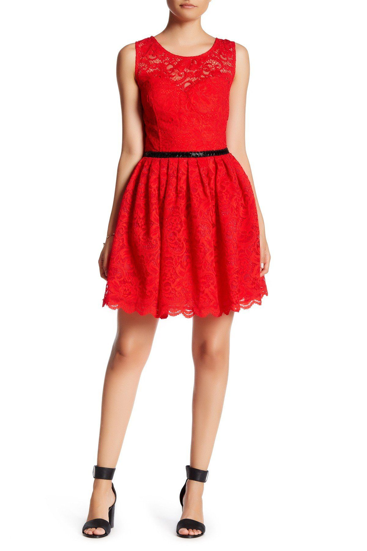 Sleeveless pleated lace dress lace dress and products