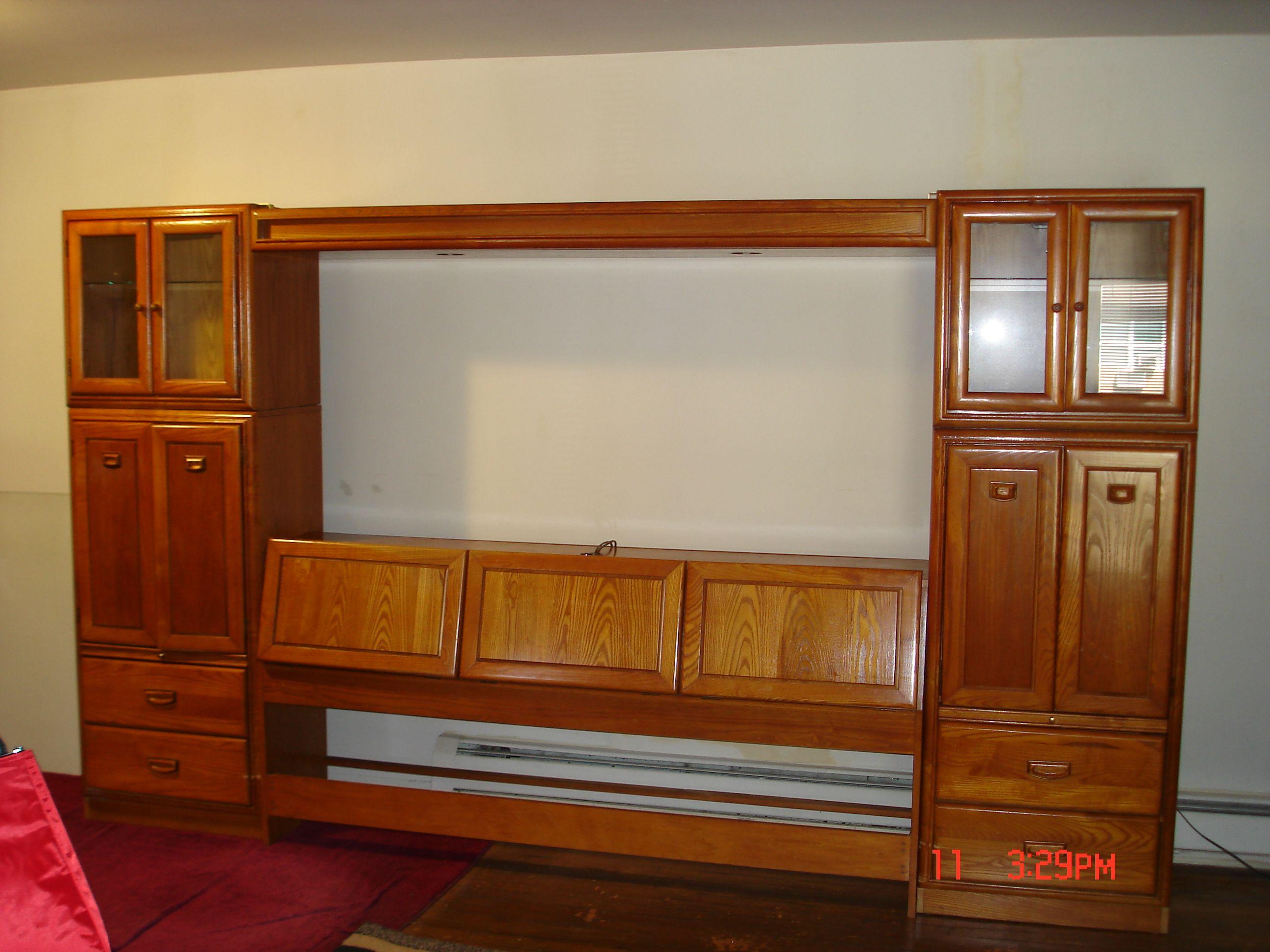 PaperDaughter\'s Garage | Light walls, Bedrooms and Dresser